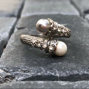 Pearl, diamond and silver ring